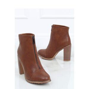 Boty na podpatku  model 150966 Inello   36