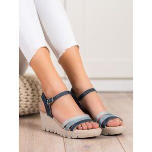Jedinečné dámské modré  sandály na klínku 38
