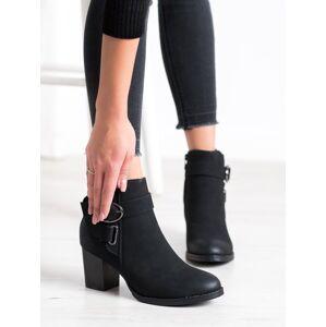 Klasické černé dámské  kotníčkové boty na širokém podpatku 36