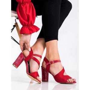 Klasické červené  sandály dámské na širokém podpatku 38
