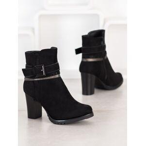 Komfortní černé  kotníčkové boty dámské na širokém podpatku 40