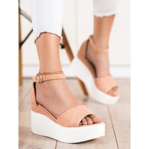 Komfortní  sandály dámské hnědé bez podpatku 36