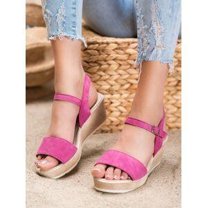 Krásné dámské růžové  sandály na klínku 38