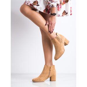 Moderní  kotníčkové boty dámské hnědé na širokém podpatku 37