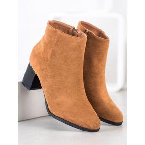 Módní  kotníčkové boty dámské hnědé na širokém podpatku 38