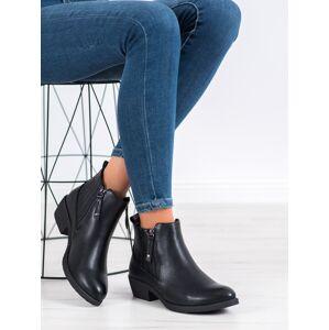 Originální dámské  kotníčkové boty černé na plochém podpatku 40