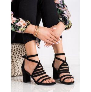 Originální dámské  sandály černé na širokém podpatku 40
