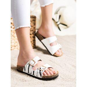 Trendy bílé dámské  nazouváky bez podpatku 36