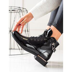 Výborné černé  kotníčkové boty dámské na plochém podpatku 36
