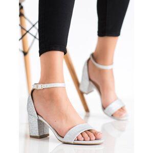 Zajímavé dámské šedo-stříbrné  sandály na klínku 36